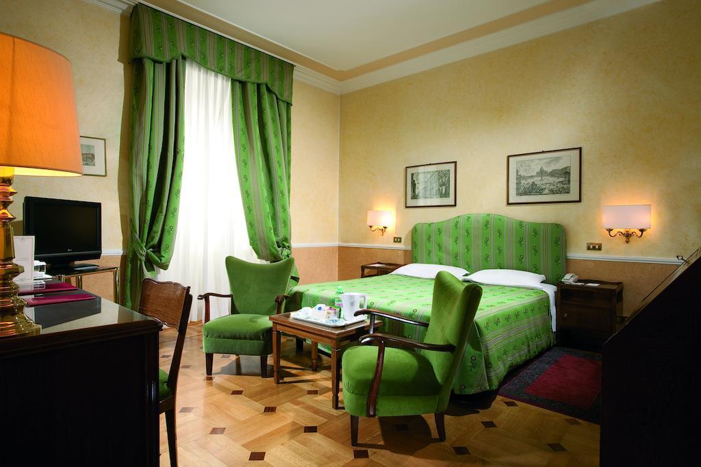 بتوجا هتل ماسیمو دیآزگلیو رم