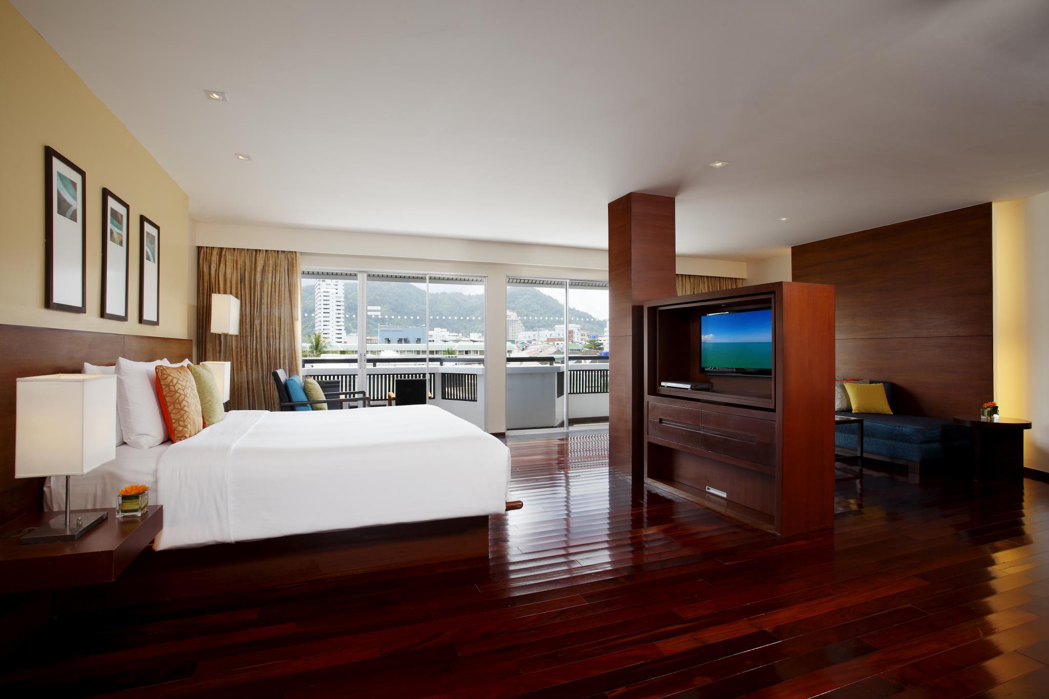 هتل سوئیس اوتل ریزورت پاتونگ بیچ پوکت