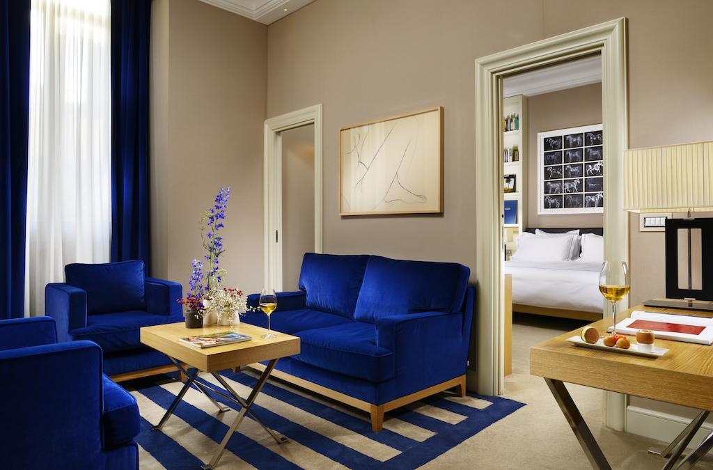هتل د فرست رما آرت