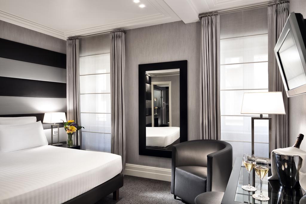 هتل مانچینو 12 رم