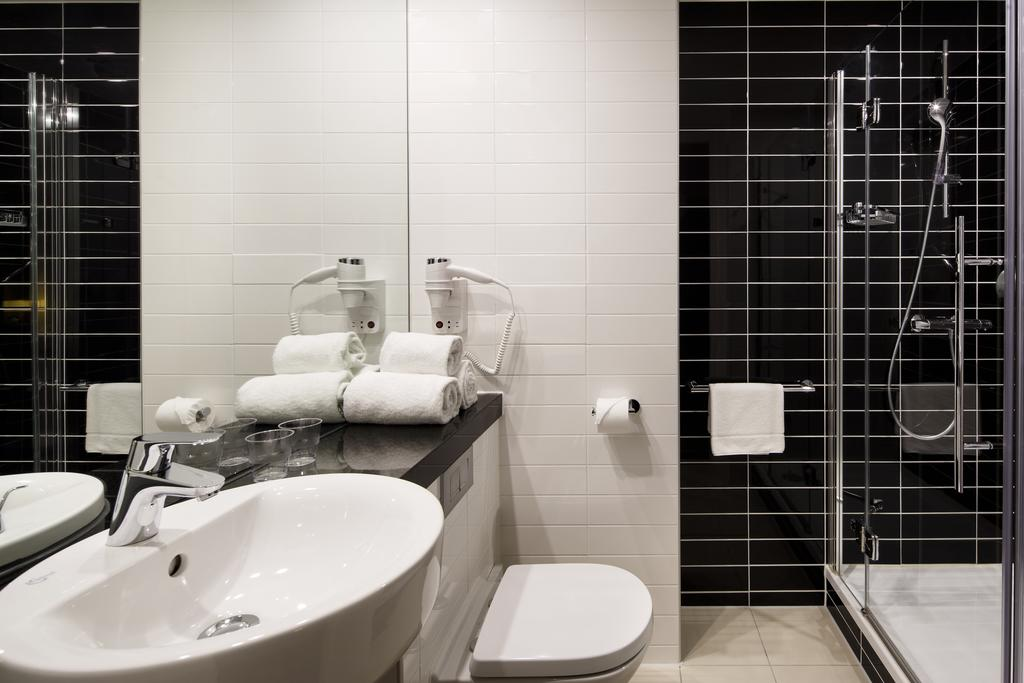 هتل هالیدی این اکسپرس آمستردام