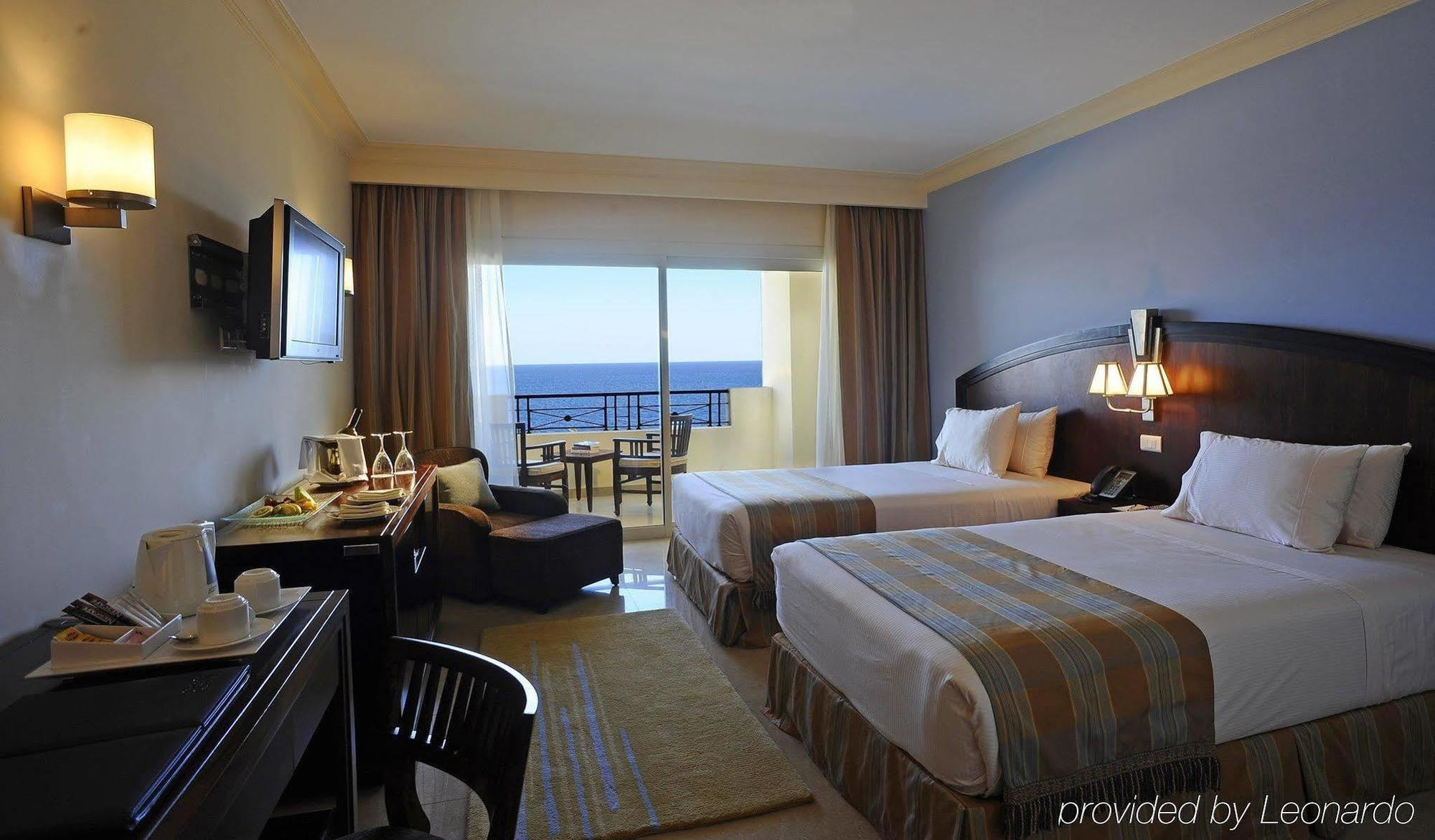 هتل گلدن کوست باکو