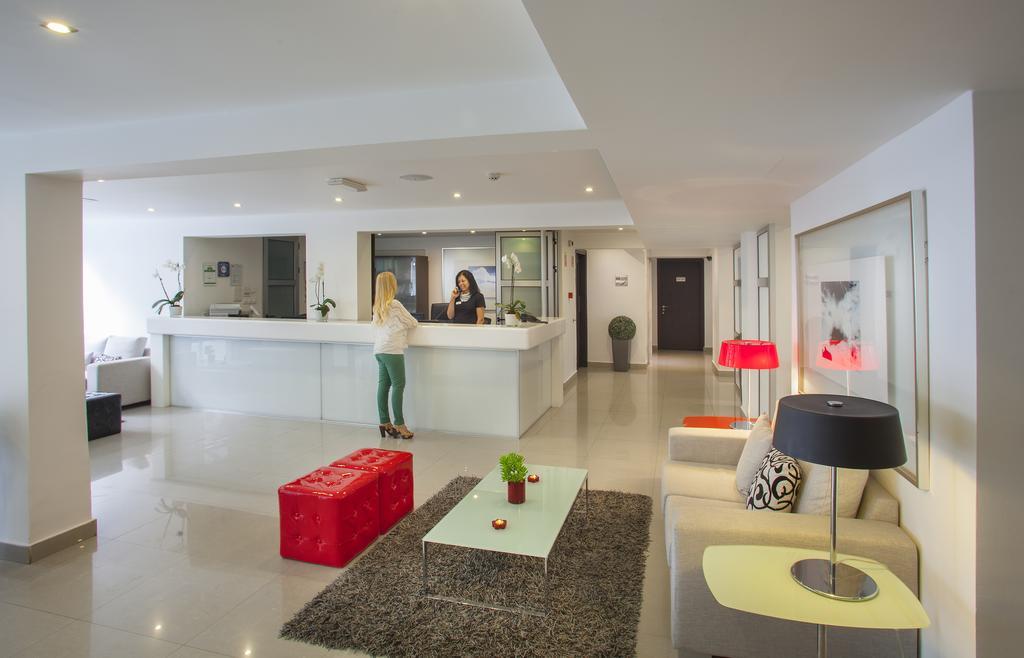 هتل آمورگوس بوتیک لارناکا
