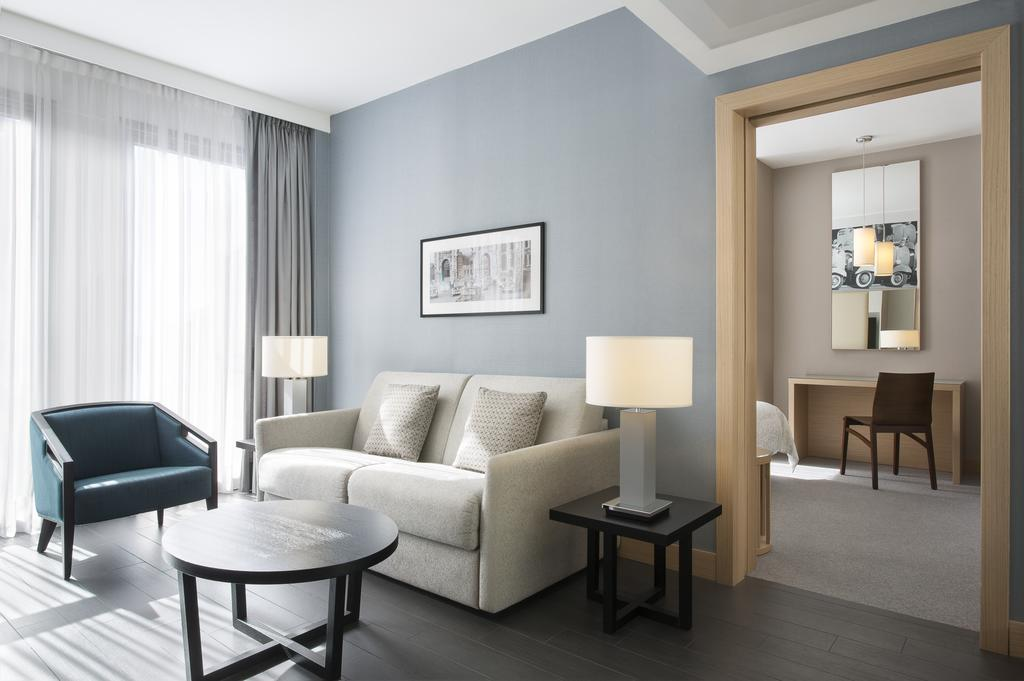 هتل لی مریدین ویسکونتی رم