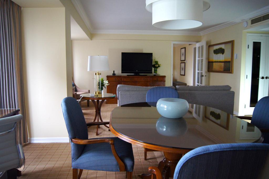 هتل فور سیزن ونکوور
