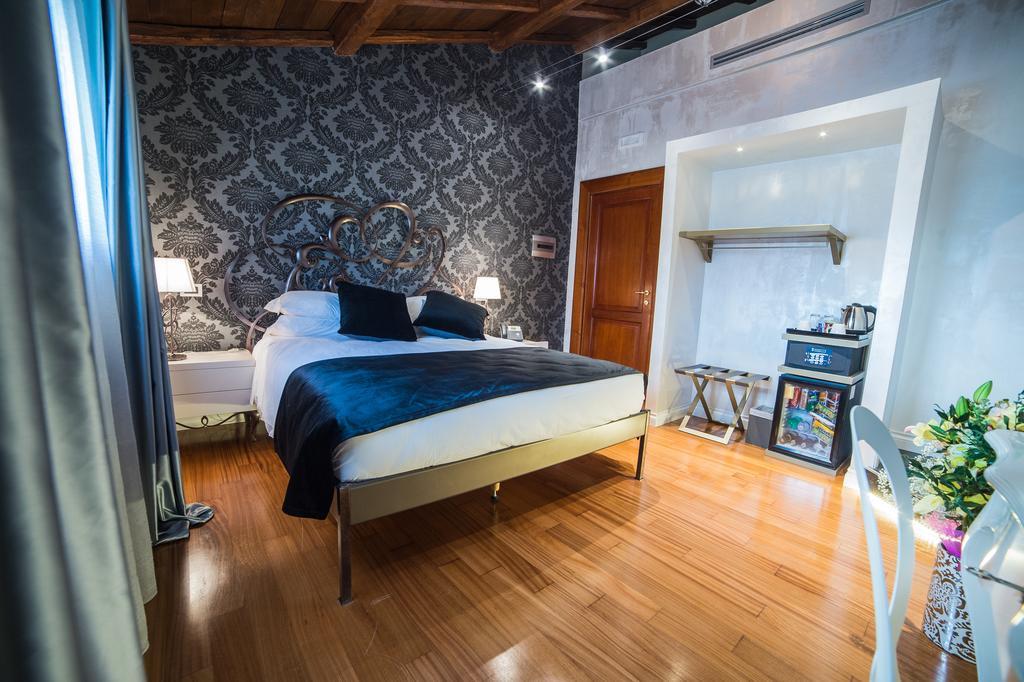 هتل وسپاسیانو رم