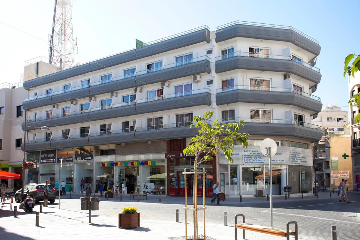 هتل بلیزر رزیدنس لارناکا