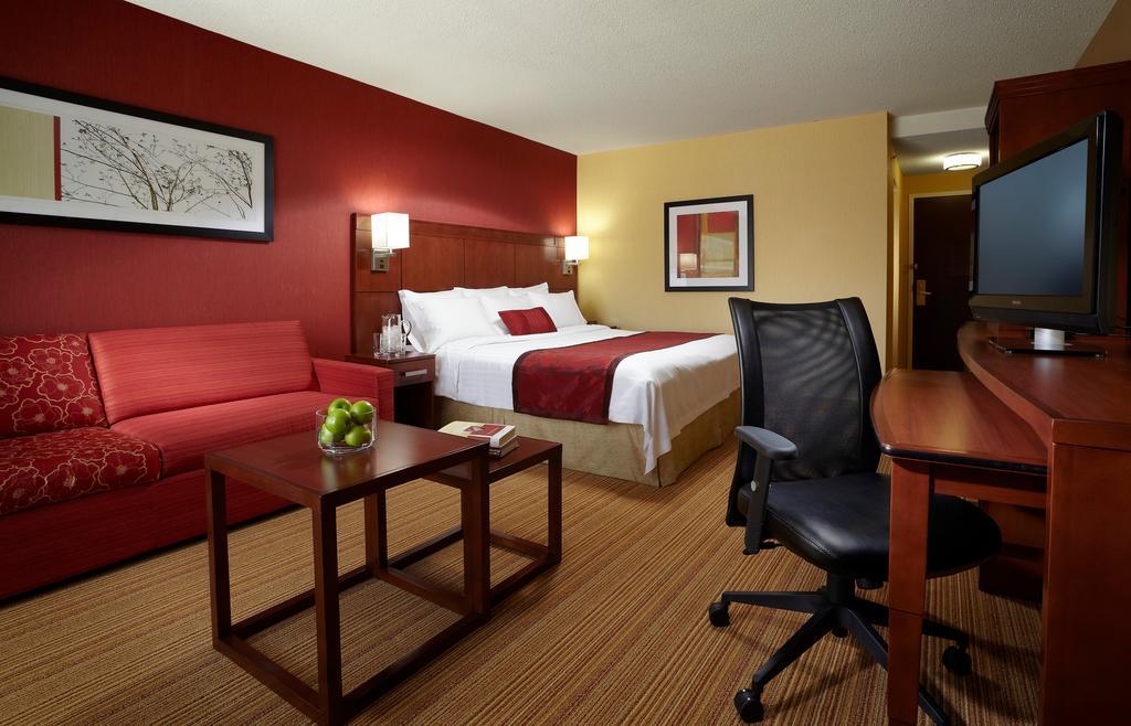 هتل کورت یارد داون تاون اتاوا