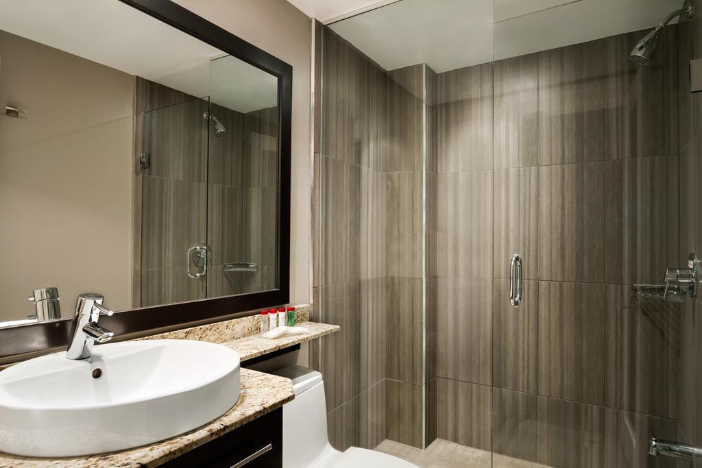 هتل رامادا پلازای تورنتو