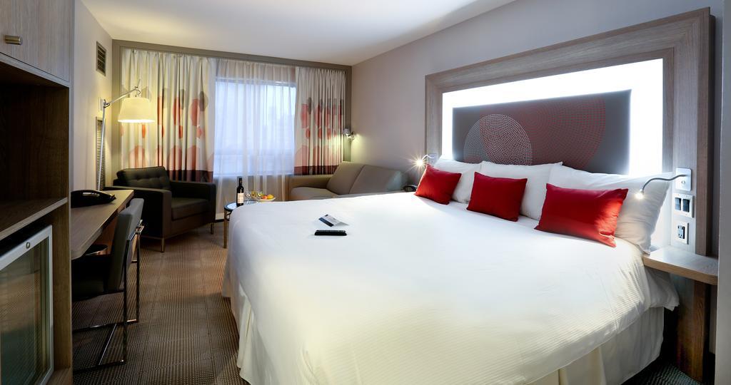 هتل نوتل سیتی سنتر اتاوا