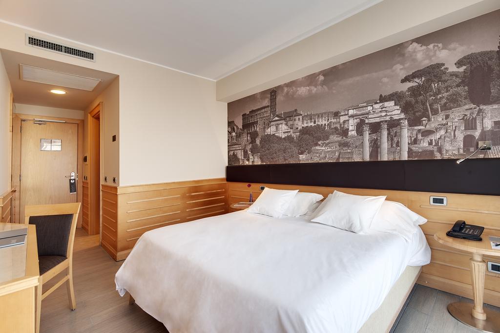 هتل اُکسیدنتال آران پارک رم