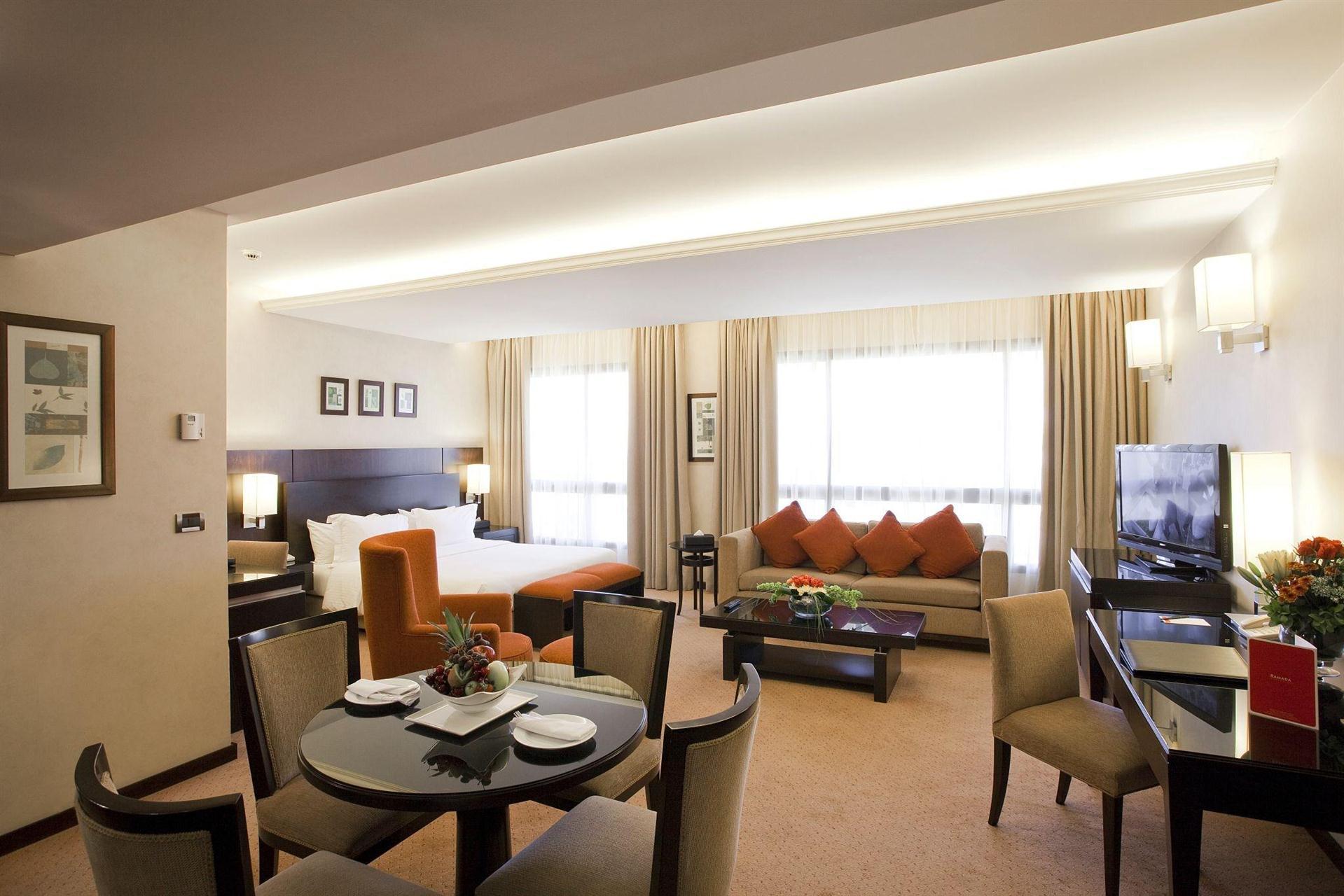 هتل رامادا پلازا بیروت رائوش