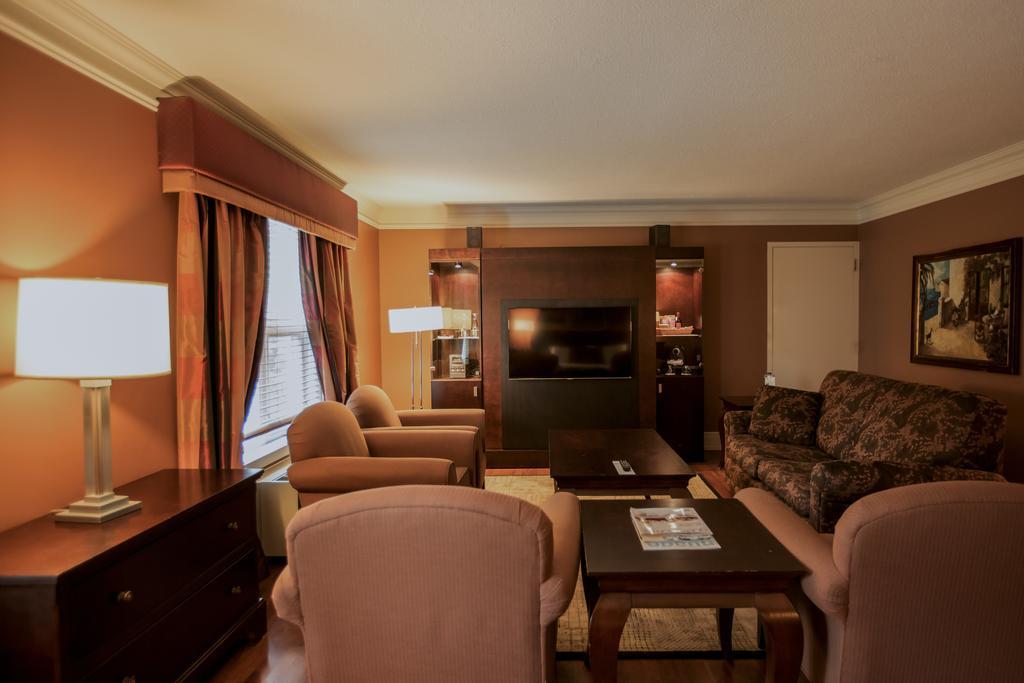 هتل لبن انتنت کبک سیتی