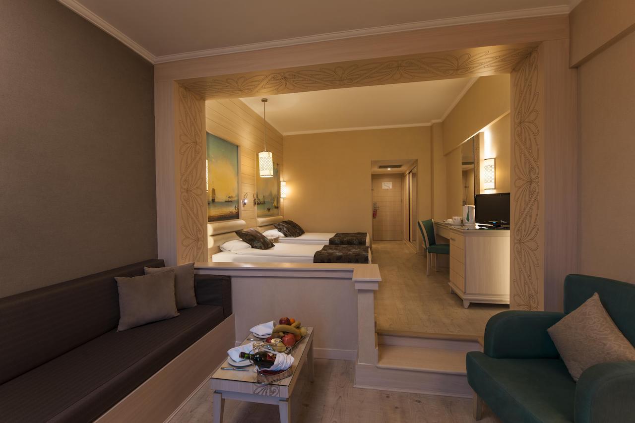 هتل ریو کایا بلک آنتالیا