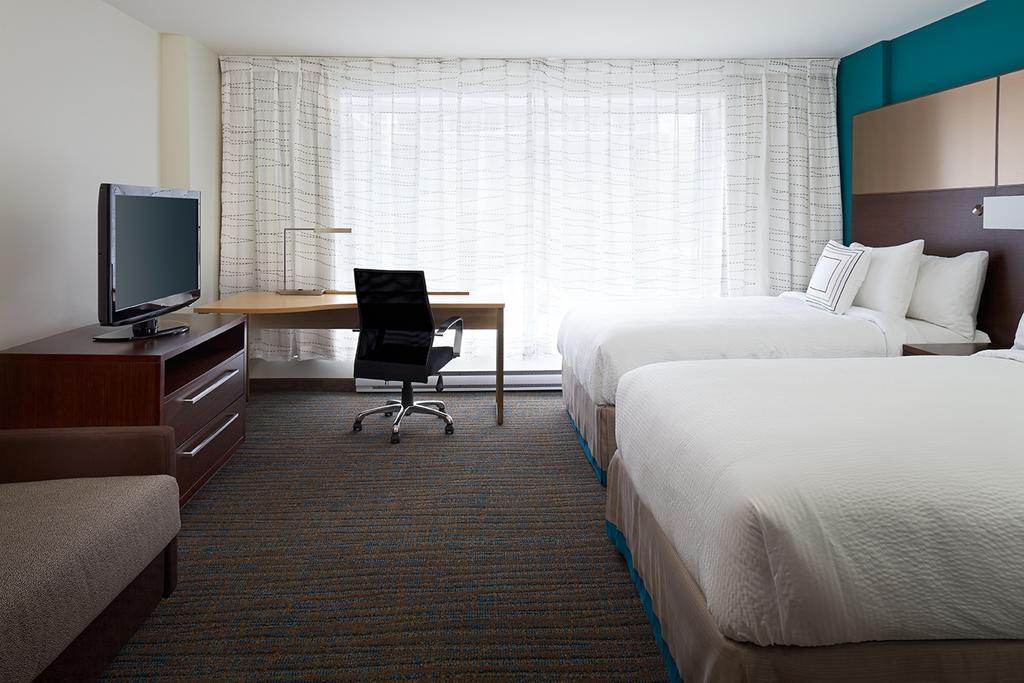 هتل رزیدنس این بای مونترال