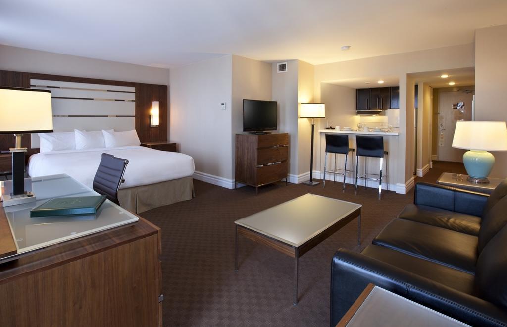هتل کانتلی سوییت مونترال