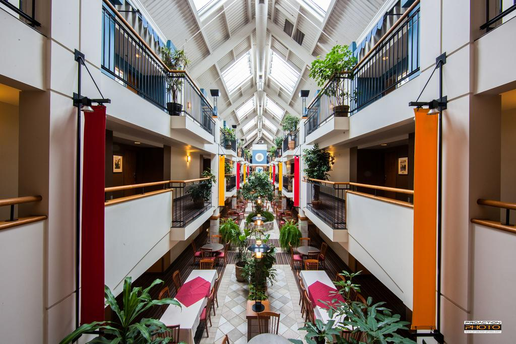 هتل لیندبرق کبک سیتی