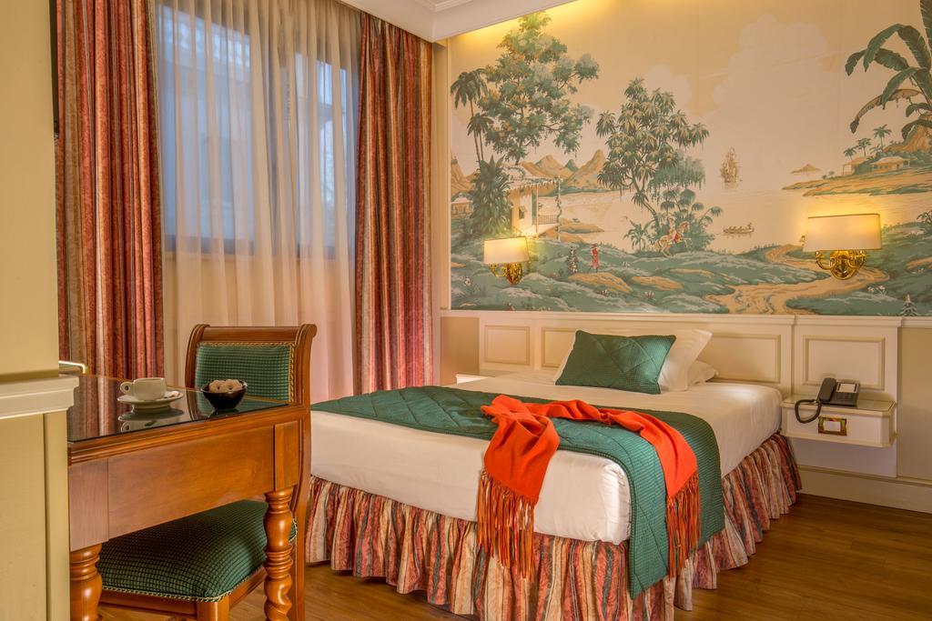 هتل دونا لورا پالاس رم