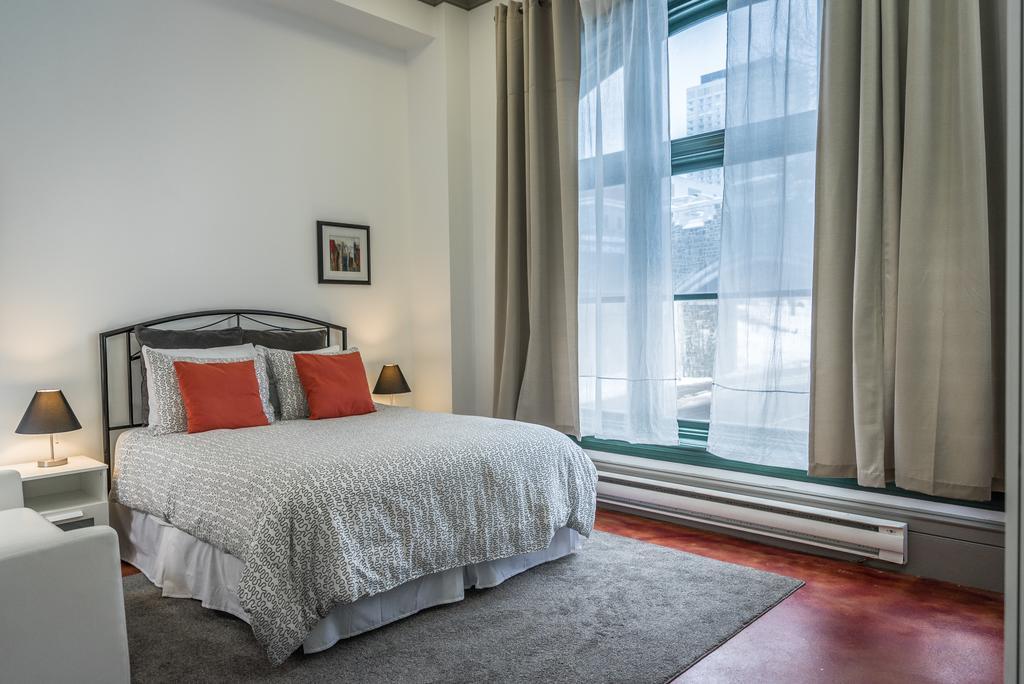 هتل کوندو 1000 کبک سیتی
