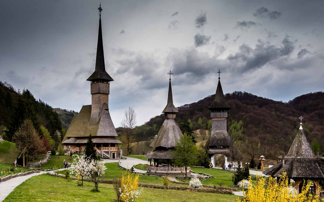 کلیساهای چوبی مارامورس