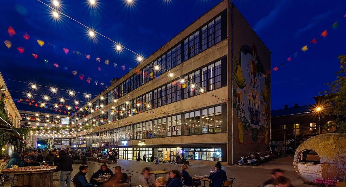 Fabrika Courtyard Shops