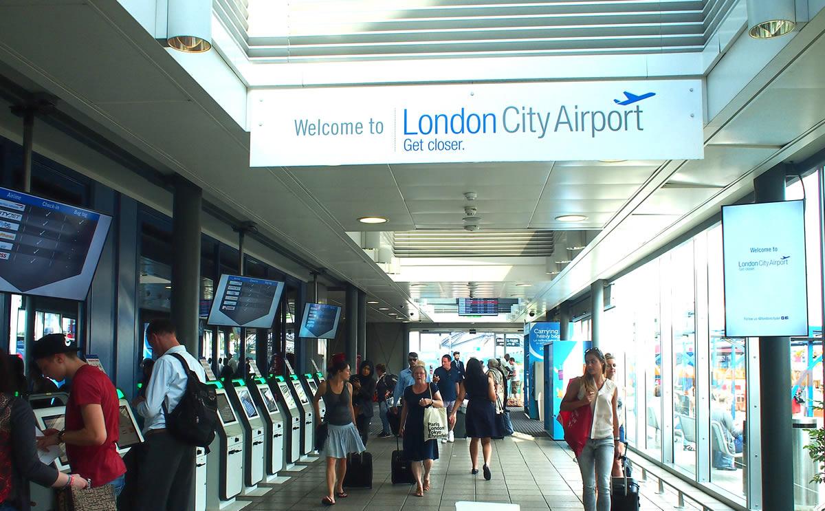 فرودگاه بین المللی لندن سیتی