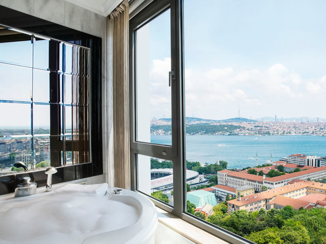 هتل اینتر کانتیننتال استانبول