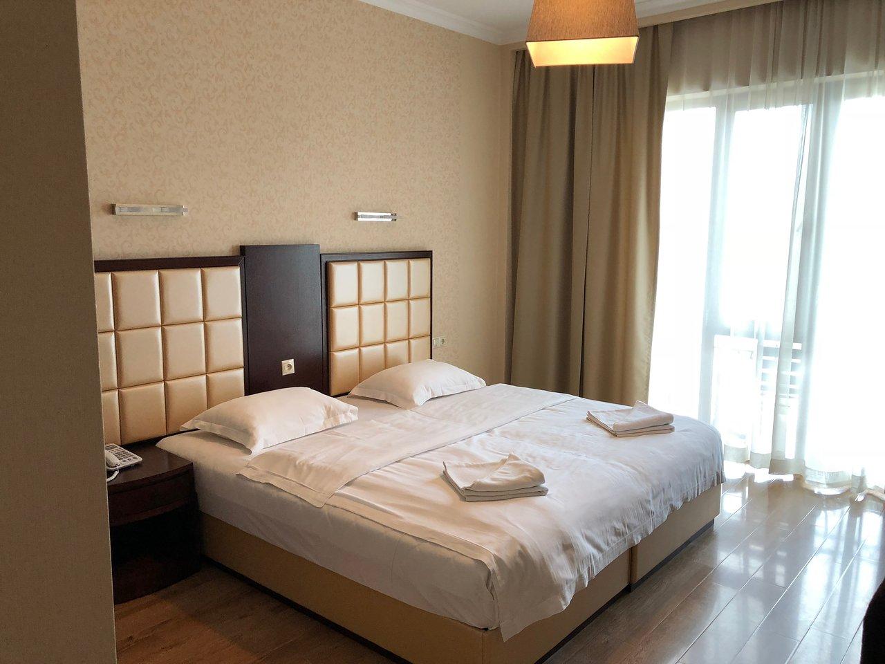 هتل پیاتزا تفلیس