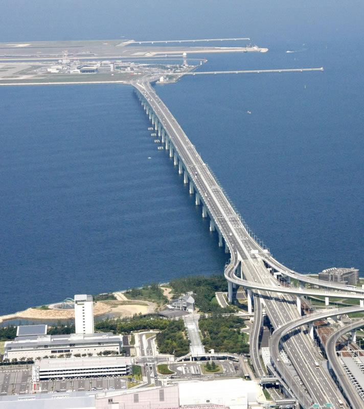 فرودگاه بینالمللی کانسای ژاپن