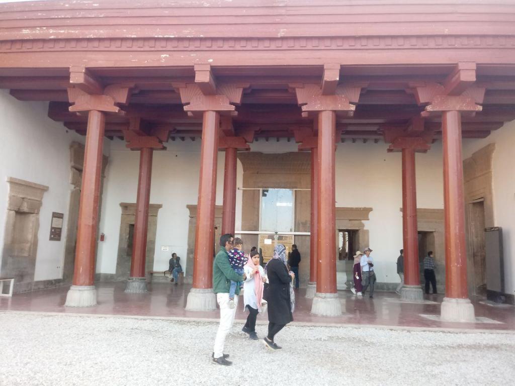 موزه ی تخت جمشید شیراز