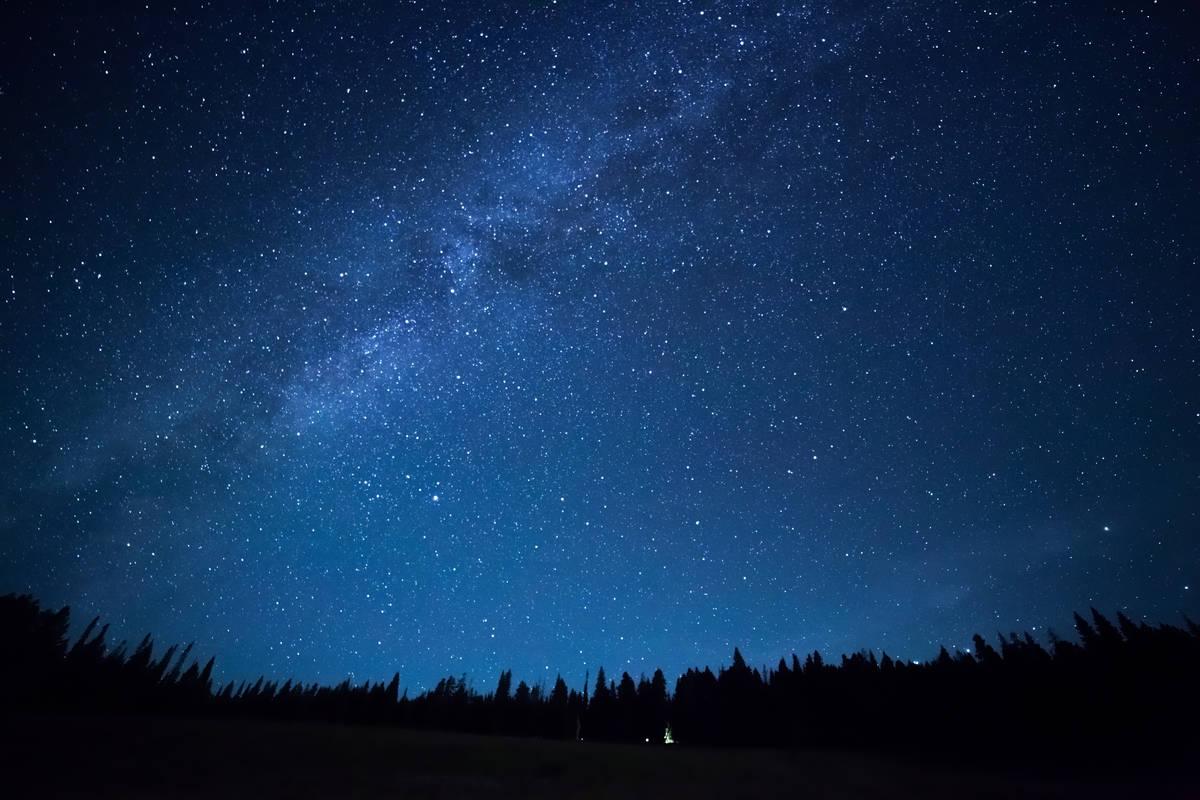 ستاره ها در کجا میدرخشند