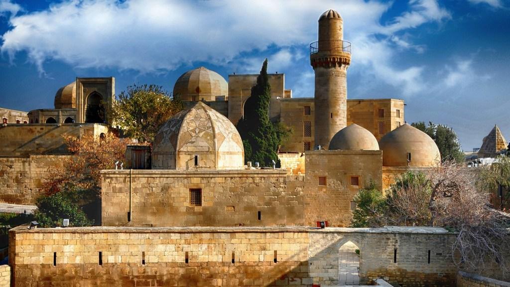جاذبه های گردشگری باکو