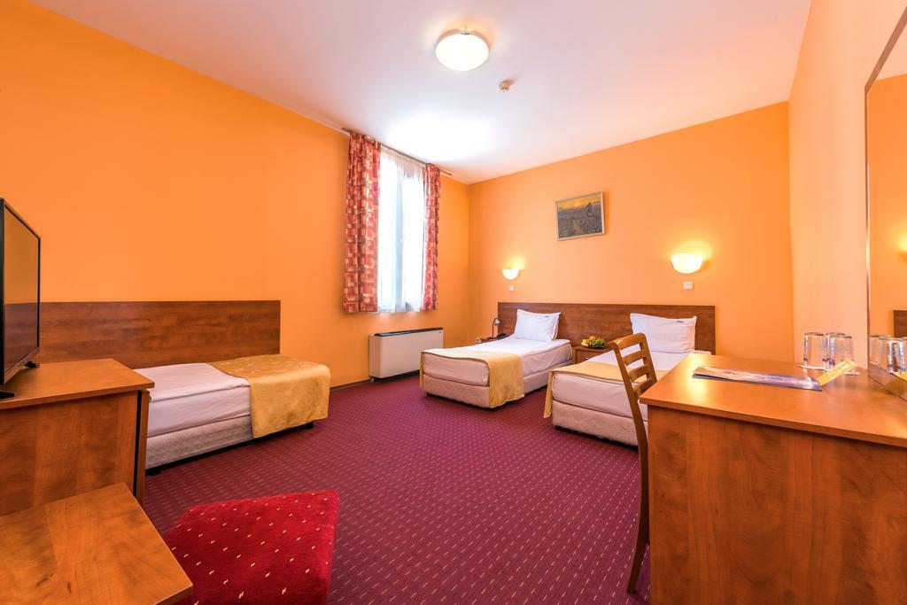 سوتا صوفیا هتل