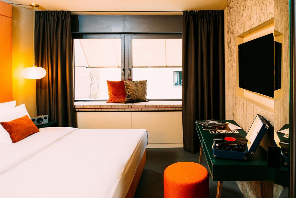 جامز موزیک اند دیزاین هتل مونیخ