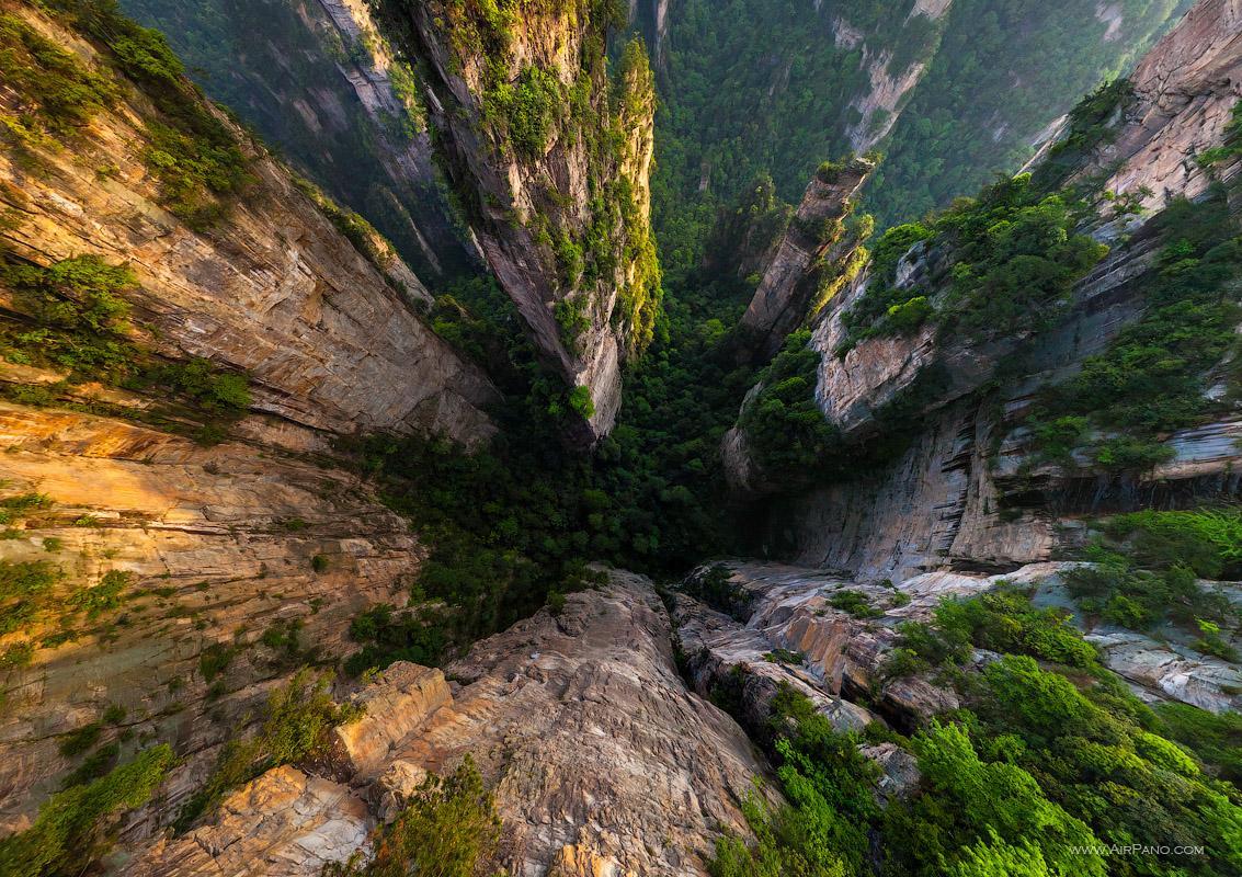 پارک ژانگ جیاجی چین