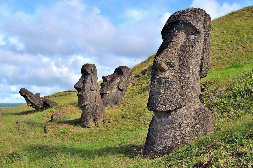 مجسمه های جزیره ایستر