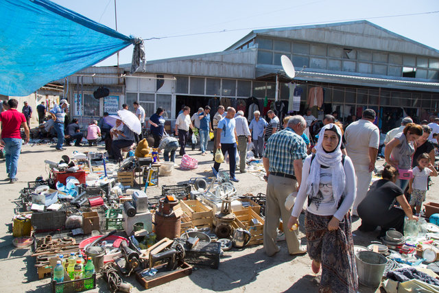 بازارهای محلی باکو