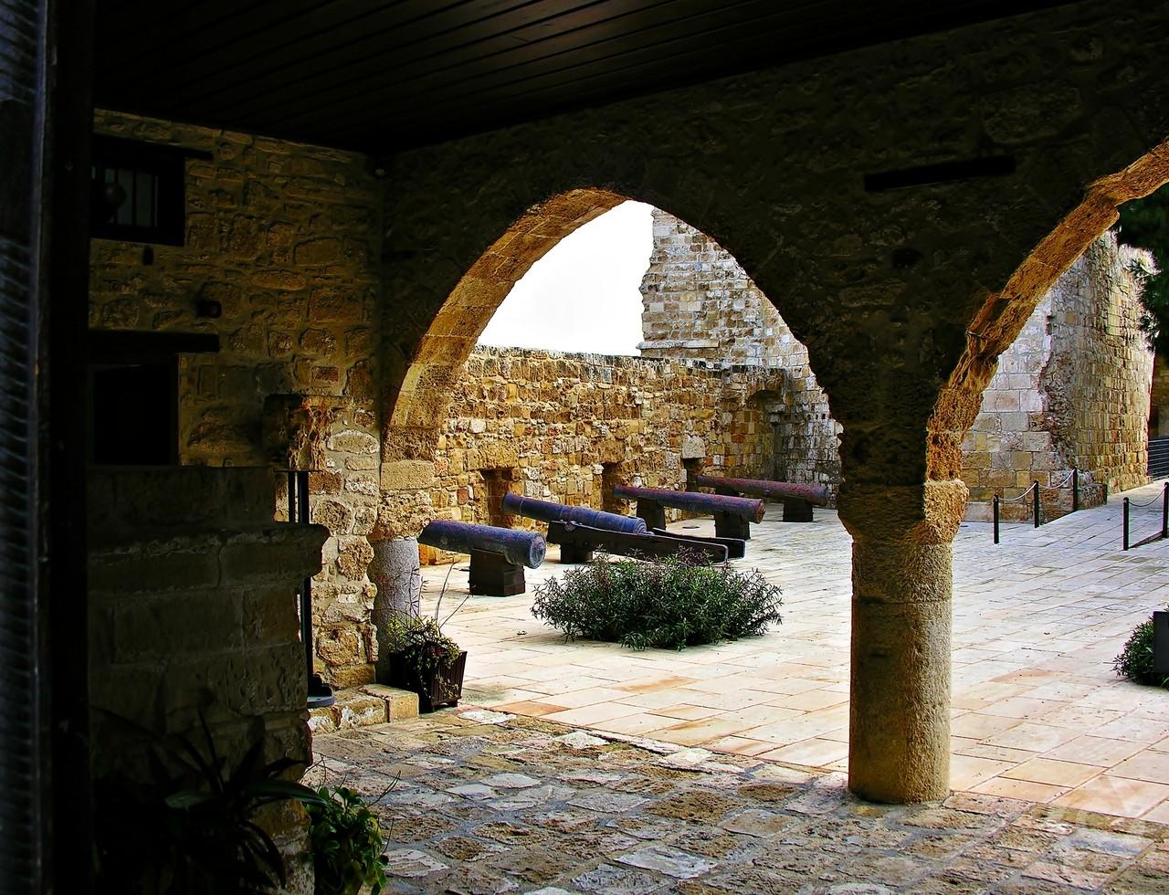 قلعه لارناکا قبرس