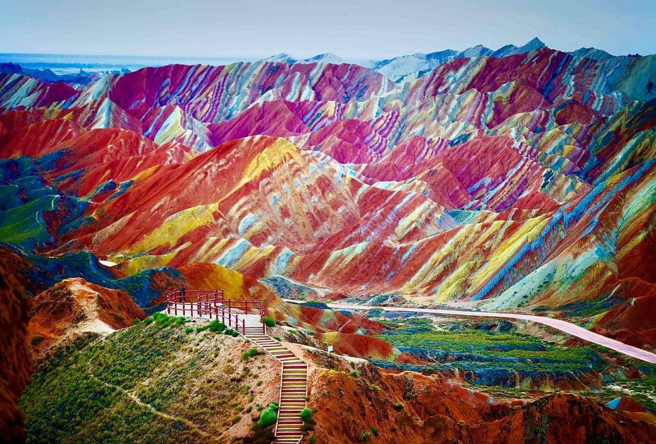صخره های ژانگ دانکسیا چین