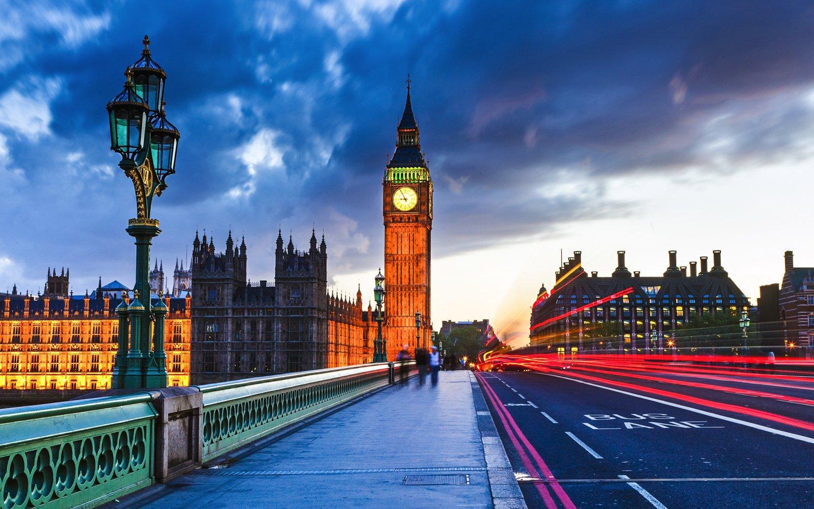 چرا باید به لندن سفر کنیم