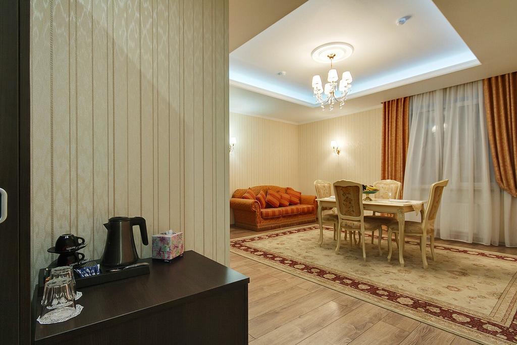 هتل منک کینگز سن پترزبورگ
