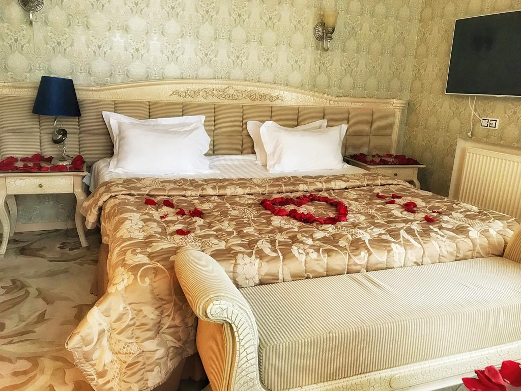 هتل هپی این سن پترزبورگ