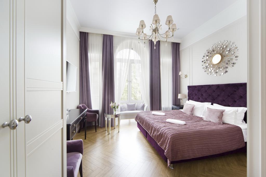 هتل گرند مموریز سن پترزبورگ