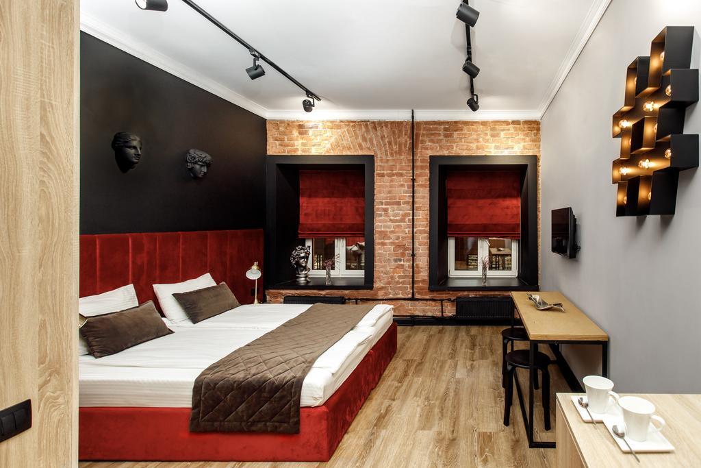 کنترون بوتیک هتل سن پترزبورگ