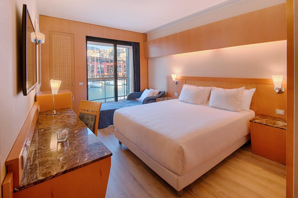 هتل مارینا جنوا   NH Collection Genova Marina