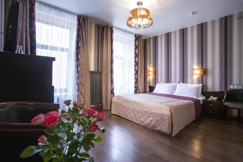 هتل مارتین سن پترزبورگ
