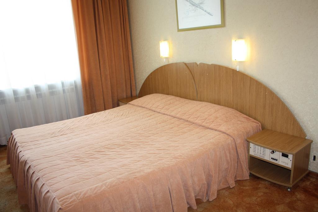 آرت دکو هتل اودیسس وارنا