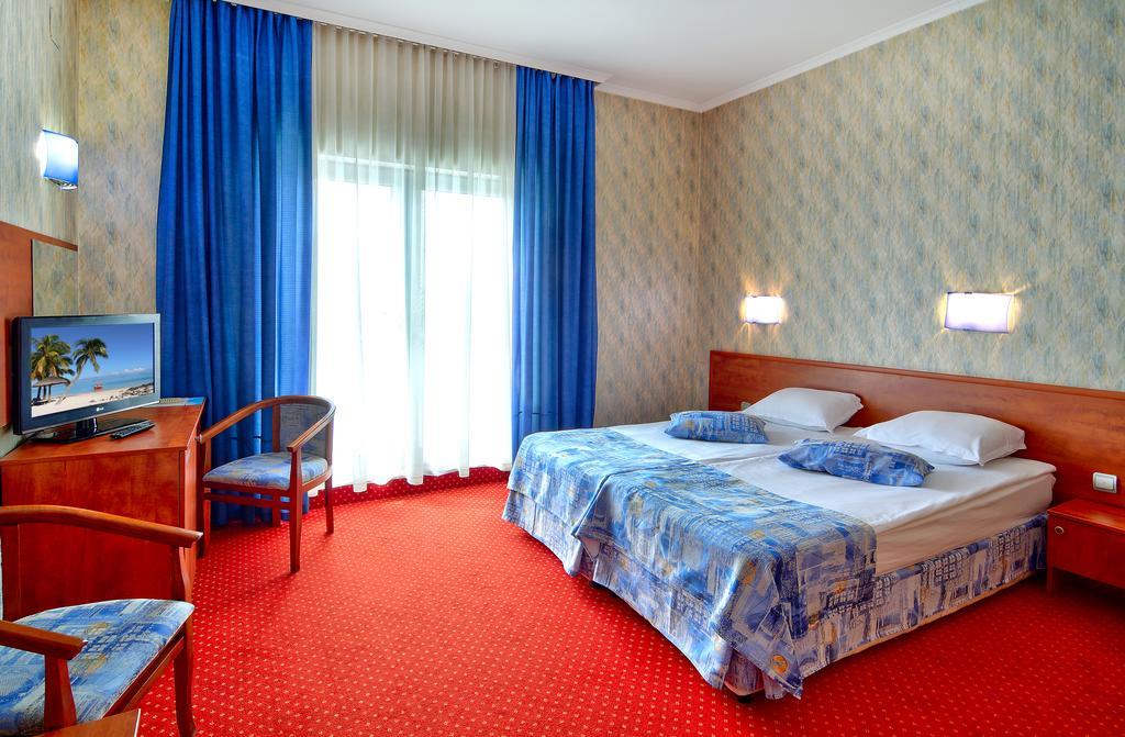هتل آکوا وارنا