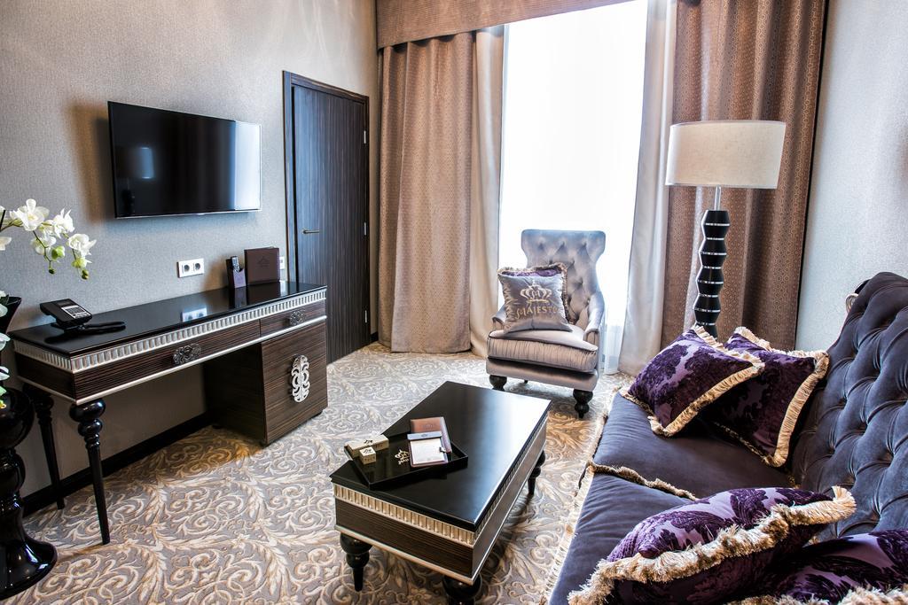 هتل مجستیک بوتیک سن پترزبورگ