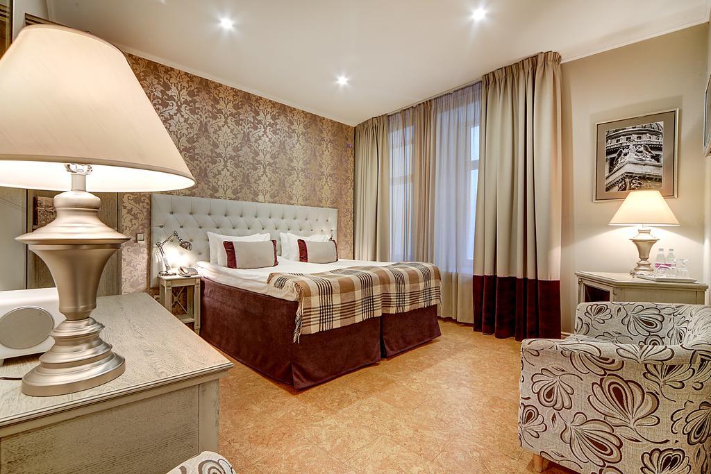 هتل پوشکا این سن پترزبورگ